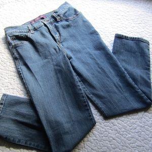 Gloria Vanderbilt Women's Jeans size 4P